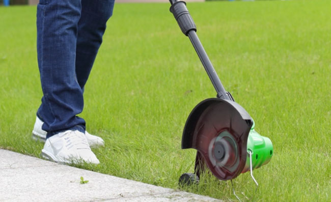 Лучшие электрические триммеры для травы